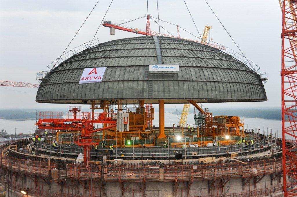 Olkiluoto 3, montering av locket för reaktorinneslutningen