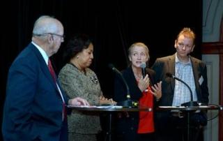 Paneldiskussion med Hans Blix, Vicky Bailey, Agneta Rising och Mattias Lantz